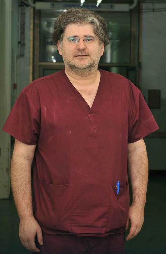 Dr Dragan Milić