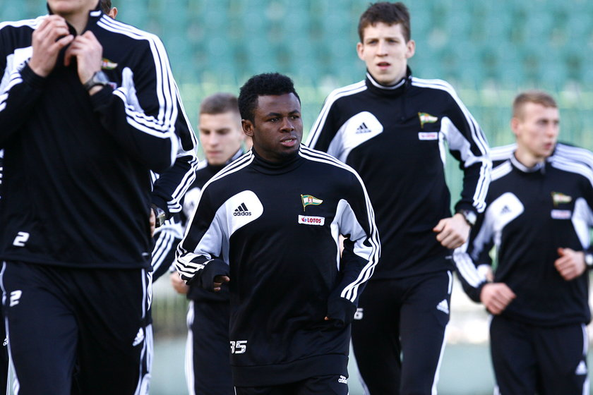 Emmanuel Sani na testach w Lechii Gdańsk