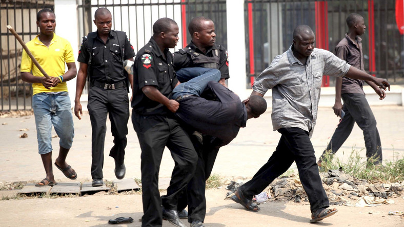 The Force has advised Nigerians on how to conduct themselves during arrest situations (image used for illustrative purpose) Daily Post