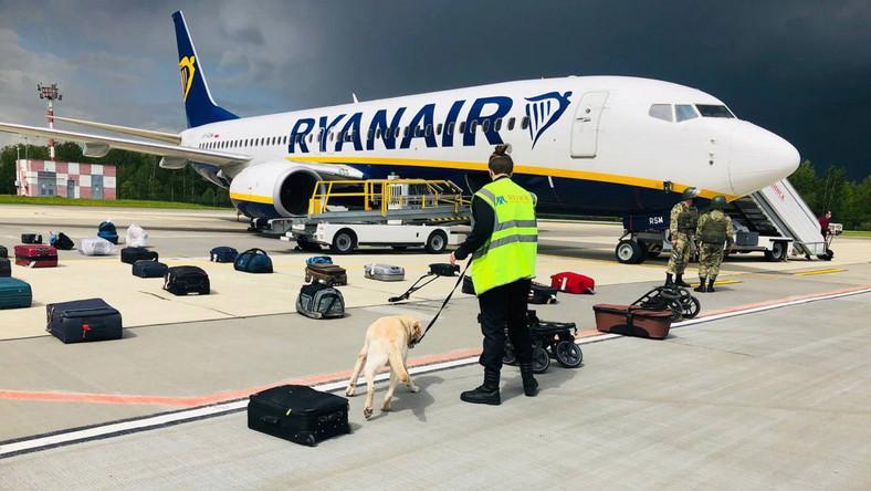 Samolot linii Ryanair na lotnisku w Mińsku