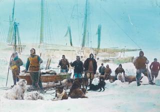 Najdalej na północ. Historia wypraw na Arktykę