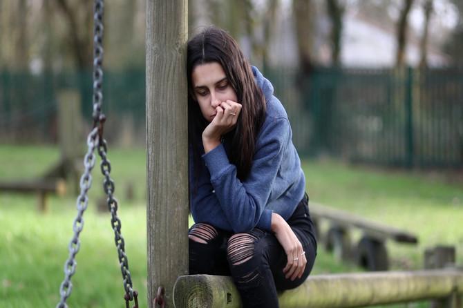 Kako prepoznati da je dete žrtva zlostavljanja: Ne, to se ne dešava u mračnoj ulici ili podrumu, GORKA ISTINA je da je to najčešće neko BLIZAK PORODICI