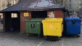 Od dzisiaj wyższe stawki za odbiór śmieci. Warszawiacy są wściekli