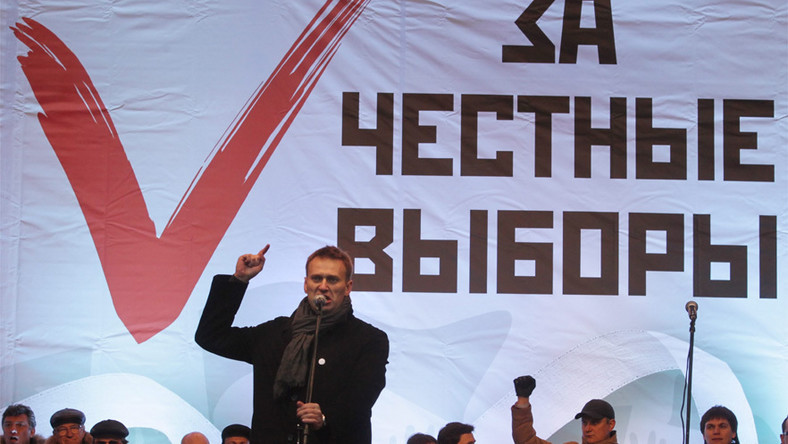 Walczący z korupcją bloger i prawnik Aleksiej Nawalny w czasie manifestacji opozycyjnej w Moskwie