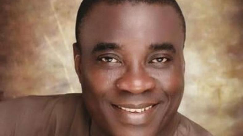 KWAM 1 Ooni of Ife prays for singer's children - Pulse Nigeria