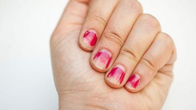 Sneaky ways to quickly fix your chipped nail polish