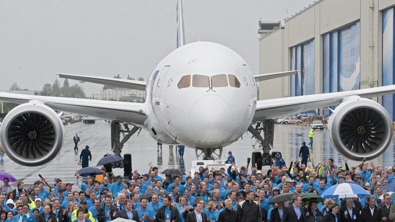 787 jest najszybciej sprzedającym się samolotem w historii lotnictwa pasażerskiego
