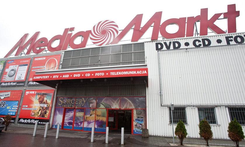 Tak Media Markt obchodzi zakazy i otwiera sklepy!