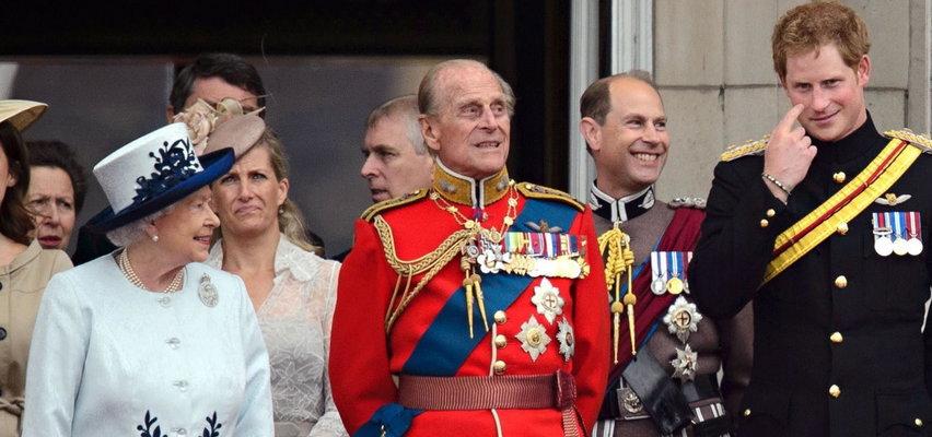 Mąż królowej Elżbiety II szukał mocnych wrażeń. Jego życie było huśtawką emocji!