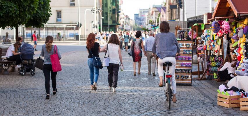 Polacy będą żyć krócej. To przez COVID-19