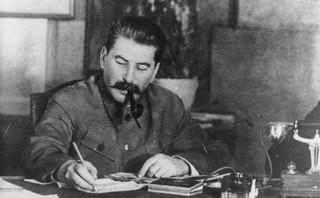 Zbrodnia katyńska. Decyzja o mordzie zapadła na podstawie notatki Berii do Stalina