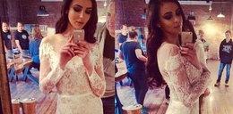 Modelka pochwaliła się sukienką ślubną