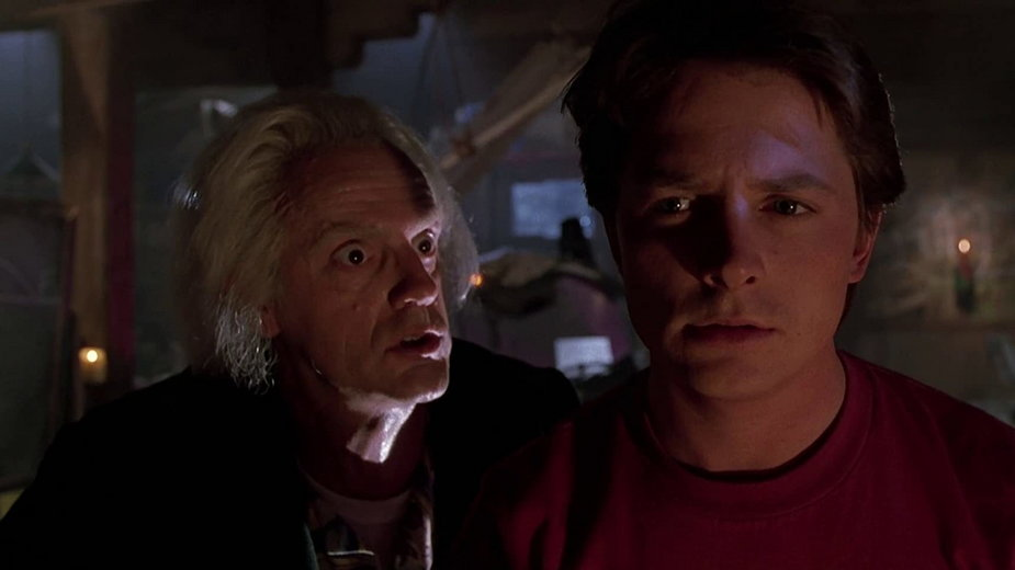"""Michael J. Fox i Christopher Lloyd w filmie """"Powrót do przyszłości II"""""""