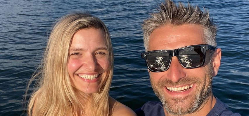 Joanna Koroniewska skrytykowana za zdjęcie w kostiumie kąpielowym córki. Maciej Dowbor jest wściekły: to jakaś paranoja