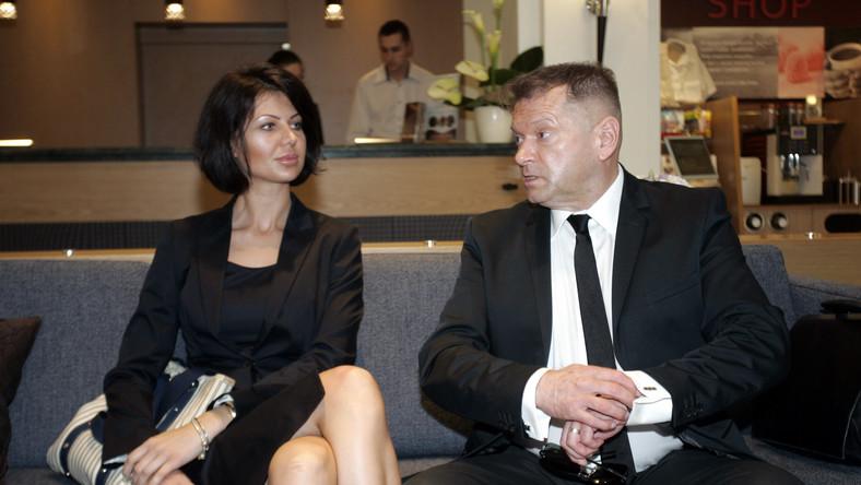 Pomysł na utworzenie stowarzyszenia, jak mówi Rutkowski w portalu NaTemat.pl wziął się z próśb, jakie kierują do byłego detektywa osoby, które zainwestowały w Amber Gold.