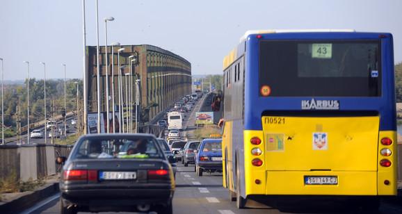Sto hiljada vozila dnevno pređe preko njega