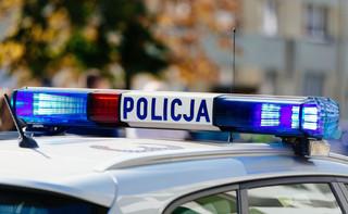 Mazowieckie: Trwają poszukiwania mężczyzny, który próbował potrącić policjantów