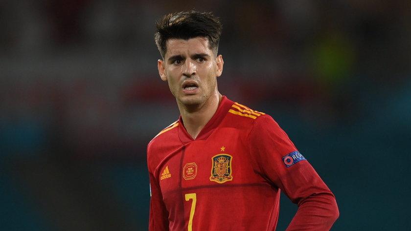 Po pierwszych, niezbyt udanych występach hiszpańskiego napastnika Alvaro Moraty (29 l.) w Euro, wylała się na niego fala krytyki, która przekroczyła wszelkie granice.