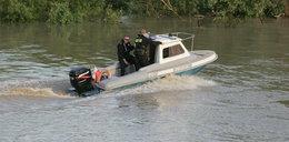 Nastolatkowie wypłynęli łodzią na jezioro. Po chwili doszło do tragedii
