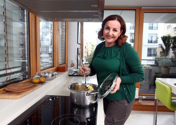 Ana Bekuta u svom domu
