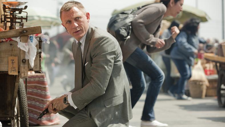 """Słynna kwestia """"Nazywam się Bond, James Bond"""" padła z ust agenta Jej Królewskiej Mości po raz pierwszy 5. października 1962 roku w filmie """"Dr No"""" z Seanem Connerym w roli głównej"""