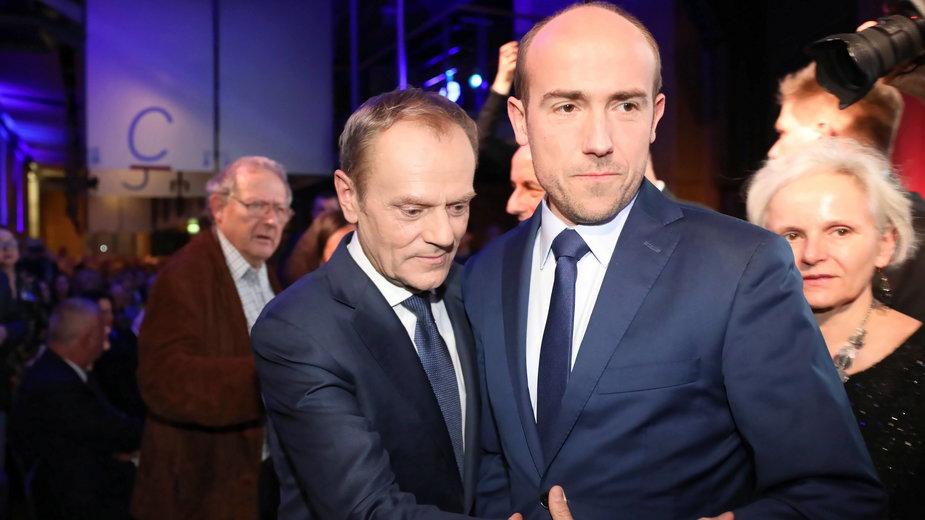 Były szef Platformy Obywatelskiej - Donald Tusk i obecny - Borys Budka. 14.12.2019 r.