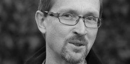 Tajemnica śmierci znanego varsavianisty Jarosława Zielińskiego. Tuż przed śmiercią wziął ślub, teraz jest śledztwo