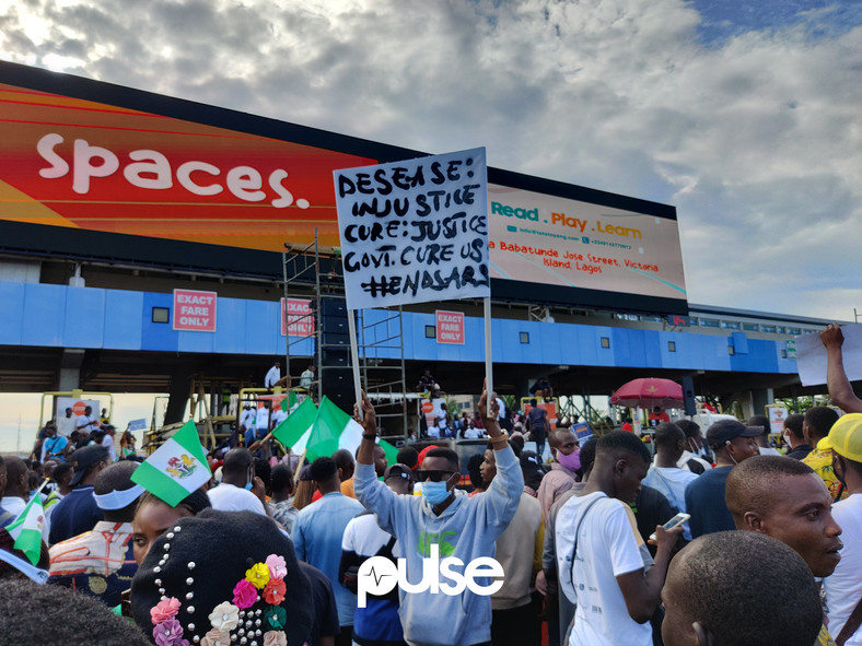 #EndSARS protesters at the Lekki Toll Gate, Lagos (Pulse)
