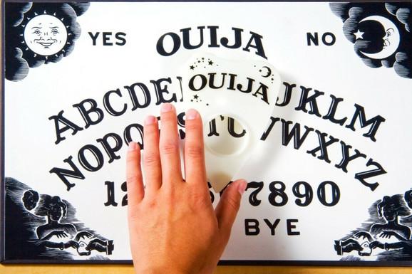 Tabla za prizivanje duhova