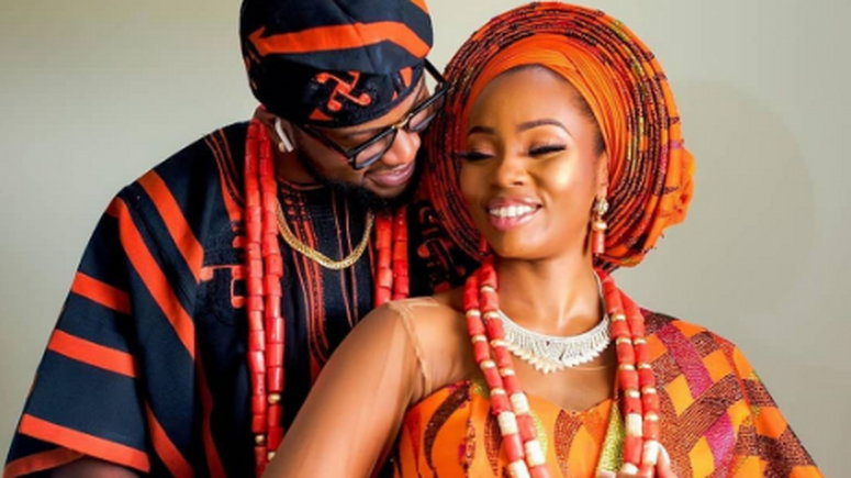 Bambam and Teddy A hold their traditional wedding ceremony at Ibese, Ilaro, in Ogun State. (Honeylens)