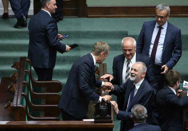 Donald Tusk z wotum zaufania. Fot. PAP/Leszek Szymański