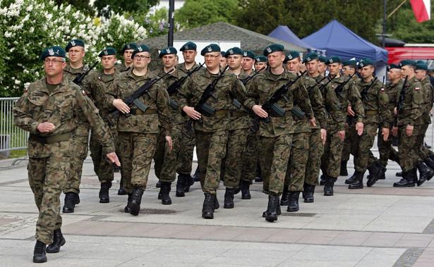 """Także Światowy Związek Żołnierzy Armii Krajowej zapewnił, że ma pełne zaufanie, że służba żołnierzy WOT jest zgodna z hasłem """"Bóg, Honor, Ojczyzna"""""""