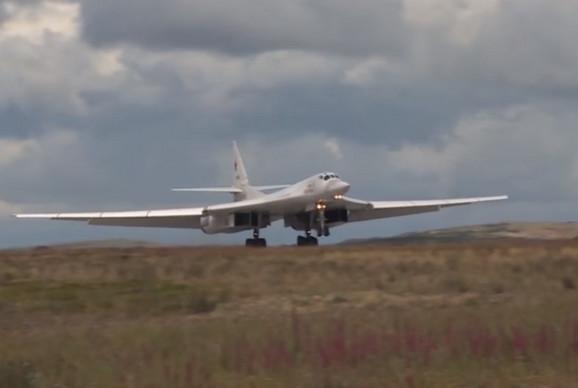 Tupoljev TU 160