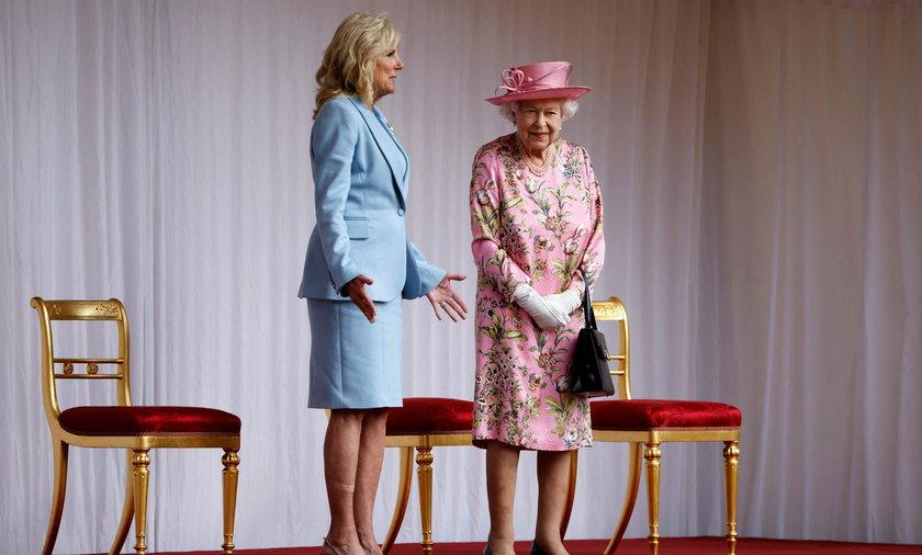 Znana stylistka o ubiorze Jill Biden podczas spotkania z królową.