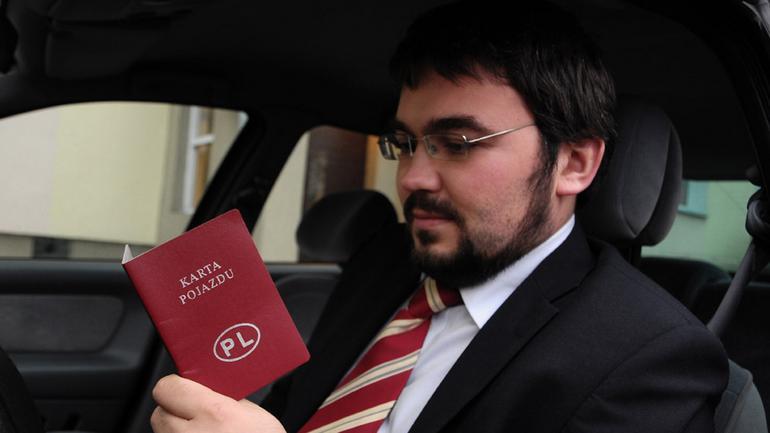 Karta pojazdu prawdę ci powie!