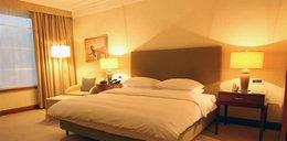 Z kim Smuda będzie spał w hotelu Hyatt?