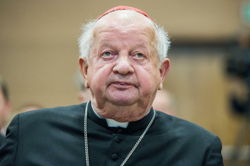 Ks. Tadeusz Isakowicz-Zaleski demaskuje księży pedofilów i homoseksualistów