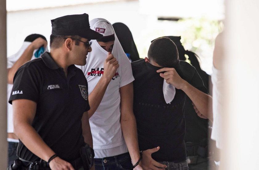 Oskarżyła 12 nastolatków o gwałt w kurorcie. Teraz musi się tłumaczyć