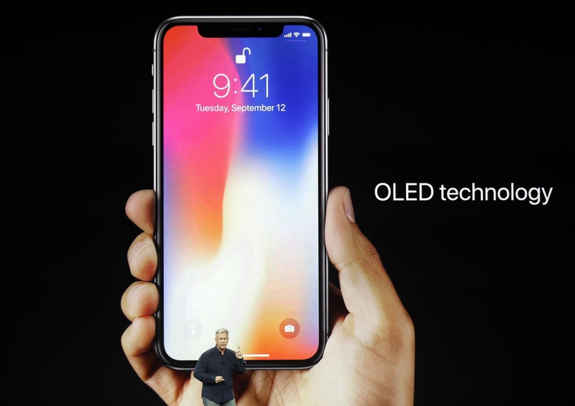 Nowy iPhone X (ten) z wyświetlaczem OLED