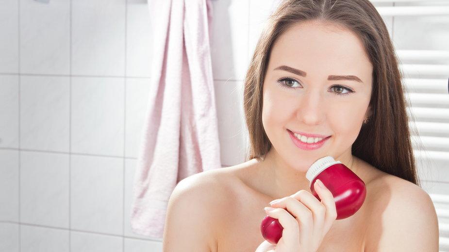 Szczoteczki do mycia twarzy – wyższy poziom oczyszczenia