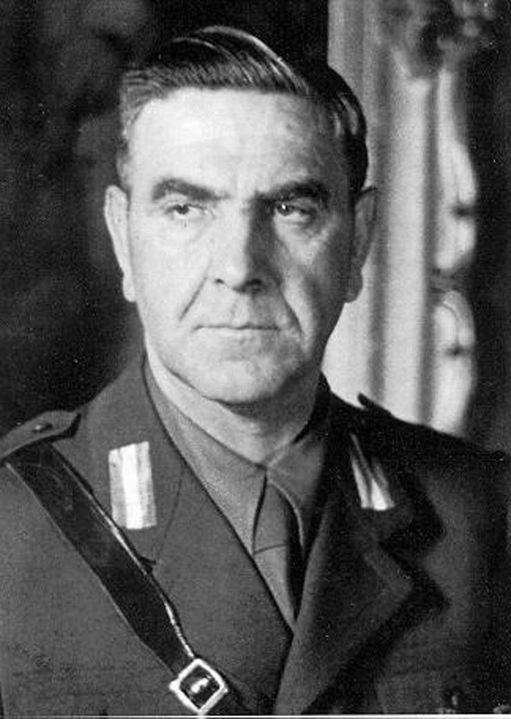 Pavelic Ante_Pavelic_portrait_in_uniform foto Wikimedia