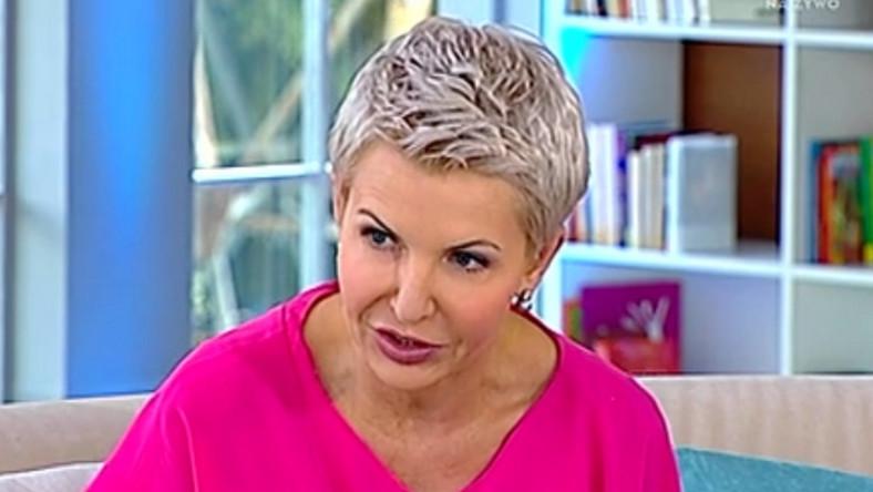 """Dziennikarka jest gospodynią cyklu rozmów """"Kobiecy punkt widzenia"""" w programie """"Pytanie na śniadanie""""..."""