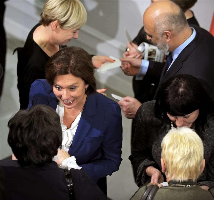 Wigilia u polityków. Podzielili się opłatkiem w Sejmie