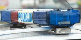 Makabryczne odkrycie w centrum Warszawy. W samochodzie znaleziono ciało