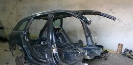 Auto zniknęło w Niemczech. Znalazło się w dziupli pod Ostrowem
