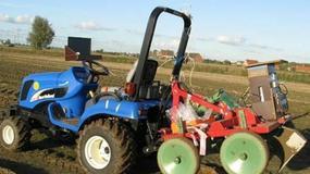 Samosterujący traktor