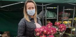 """Polacy wspierają sprzedawców cmentarnych kwiatów. """"Musimy sobie wzajemnie pomagać"""""""
