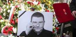 Tajemnicza kartka na grobie znanego dziennikarza. Od Lewandowskiego?