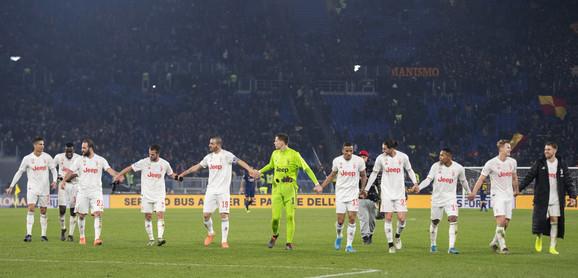 FK Juventus, FK Roma