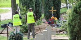 Zbezcześcili grób! Czego szukali?